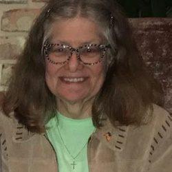 Carol Baril headshot